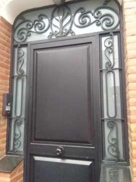 Puerta hierro y chapa artistica super reforzada