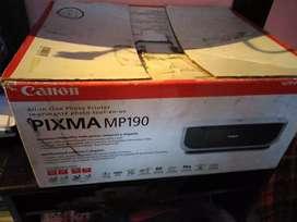 Vendo impresora de marca canon PIXMA MP190