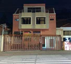 Casa comercial ubicada en la Av. Ordoñez Lasso