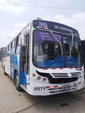 Vendo bus Volkswagen 17 210 año 2011