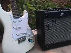 Fender Squier Bullet Strat + Amplificador Mustang I (v2)