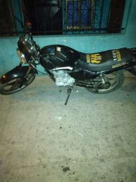 Se vende moto marca a.c.a todo aldia recien matriculada llantas nuevas le funciona todo