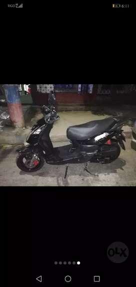 Moto Akt con seguro hasta Mayo 2020