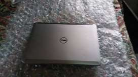 LAPTOP DELL GRIS intel i5