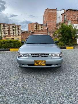 VENDO PERMUTO NISSAN SENTRA B 13 2005 Automatico