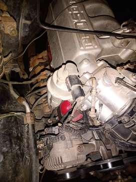 Camioneta bien reforzada motor siete meses de reparado caja de tripton 350 transmisión d tripton 2017 tiene mucha fuerza