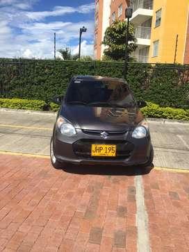 Vendo vehiculo SUZUKI ALTO 800