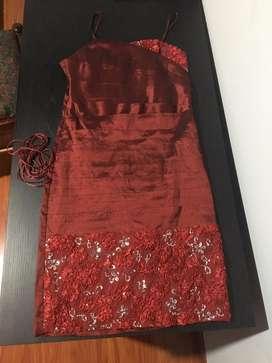 Vestido Rojo talla S, poco uso, negociable