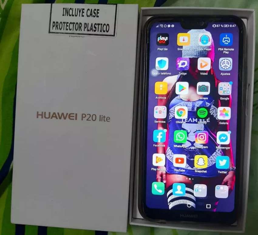 Se vende Huawei p20 lite 0