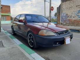 SE VENDE Honda Civic LX 98