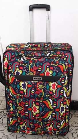 Vendo maleta Totto