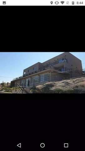 Vendo a estrenar hotel sobre el lago San Roque en villa Carlos paz