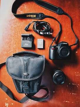 Cámara Fotográfica NIKON D5000 Usada en Perfecto Estado