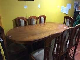 Bonita mesa de comedor 8 sillas