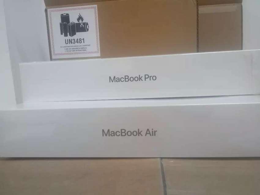 Caja vacía Apple MacBook Pro Retina 13 y MacBook Air Retina de 13 0