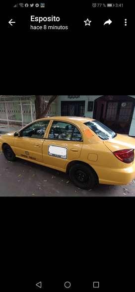 Taxi kia río