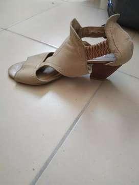 Sandalias mujer usadas