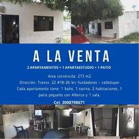 Venta de 2 apartamentos + 1 apartaestudio + 1 patio