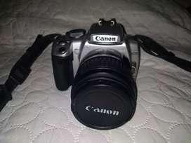 Cámara Canon EOS Rebel XTi (negociable)