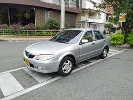 Mazda Allegro 2004 Full Equipo