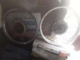 Vendo 2 ruedas de yahamaja 125