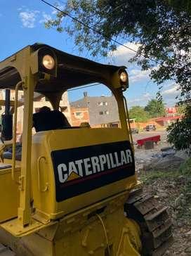 Bulldozer caterpillar D6B