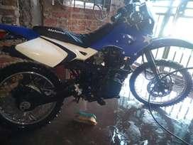 Motomel 3xm potenciado 150cc.