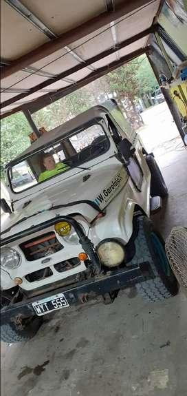 Vendo jeep