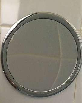 Espejo con aumento 5x con ventosa sopapa