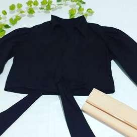 Blusa negra americana