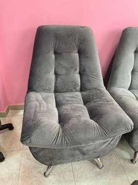 Vendo 2 sillas para la sla hermosas nuevas