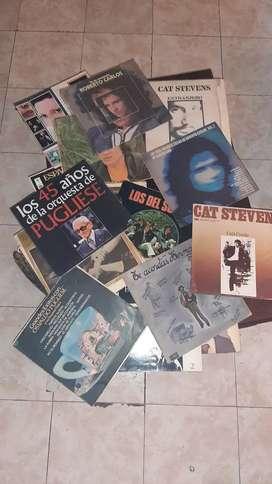 Discos de vinilo. $100. Consultar por stock. Varios cantantes