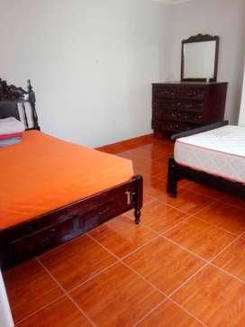 Alquilo habitación con Baño y entrada independiente