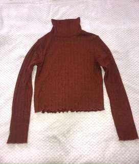 Blusa Bershka cuello tortuga