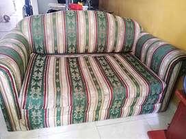 Se vende Sofa cama... 1.40