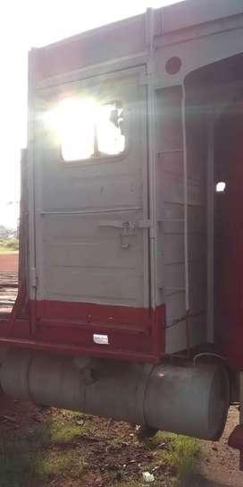 Carrocería con cabina