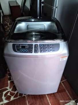 Vendo hermosa lavadora Samsung 16 kg como nueva 0 detalle.