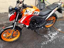 Venta de moto sukida Stiff 160