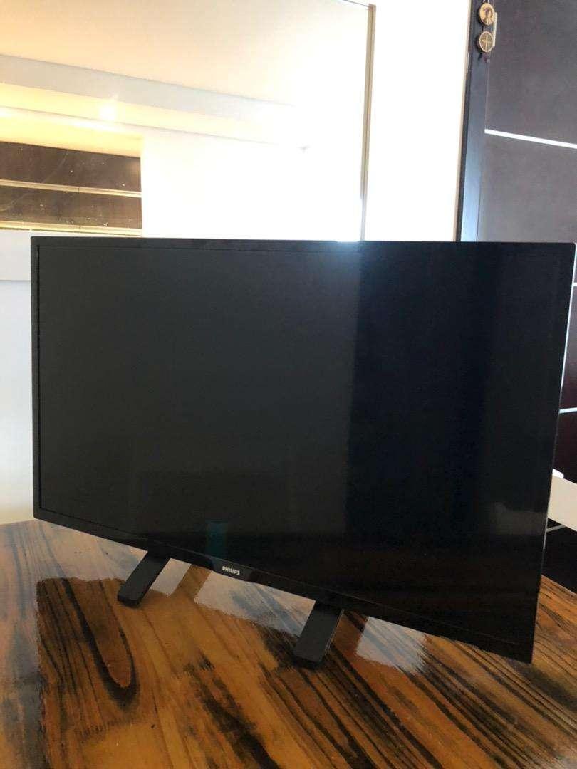 Tv Philips led 32'' 0