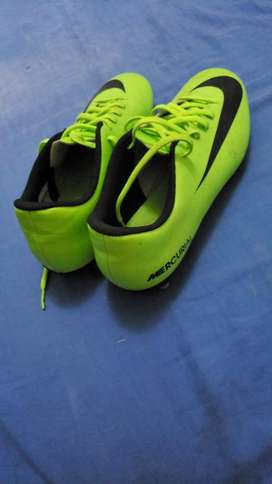 Pupos Nike Mercurial