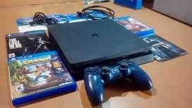 PS4 Slim 500 con 10 JUEGOS