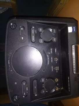 Equipo de música Sony mhc v77