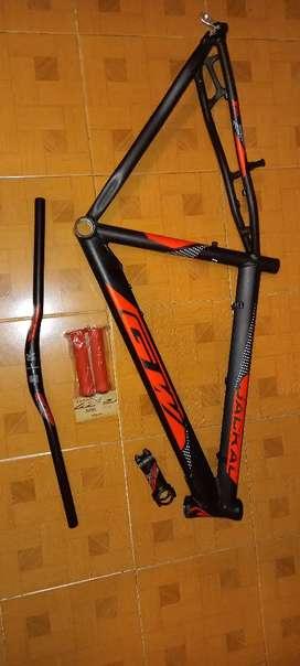 Bicicleta marco