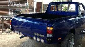 Camioneta nissan 1200 recien reparada totalmente motor llantas y aros y pintura al horno posee 4 frenos de disco nueva