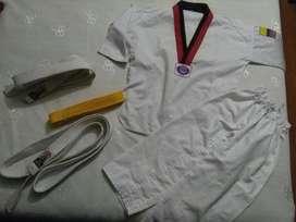 Uniforme de Taekwondo