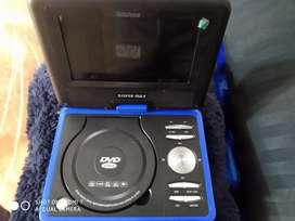 Vendo o cambio DVD portátil azul rey con cargador.