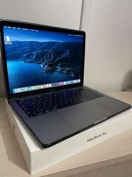 "MacBook Pro 13"" con TouchBar 4 puertos Thunderbolt PERFECTO ESTADO"