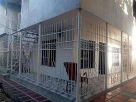 Arriendo Casa cerca a la Estación de taxis de Los Robless
