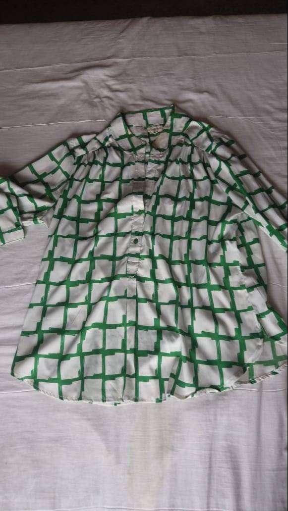 blusa verde con blanco XL hindu a cuadros marca antilia femme