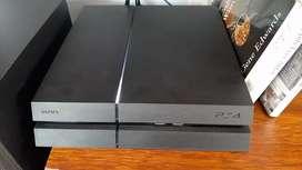 Sony PS4 500gb usado + 2 mandos + cámara + 4 juegos físicos